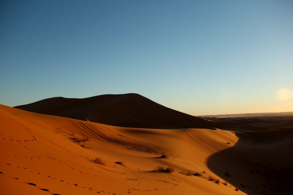 on-the-road-in-Marocco-deserto-Erg-chebbi