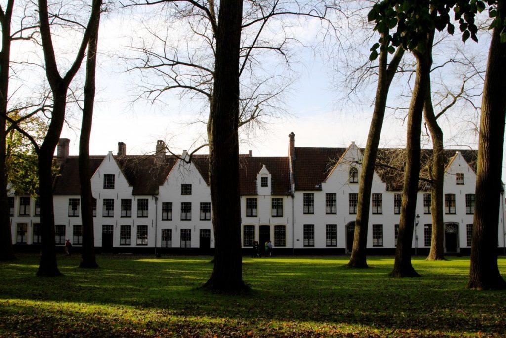 viaggio-in-belgio-cosa-vedere-a-brugge-e-gent-Begijnhof