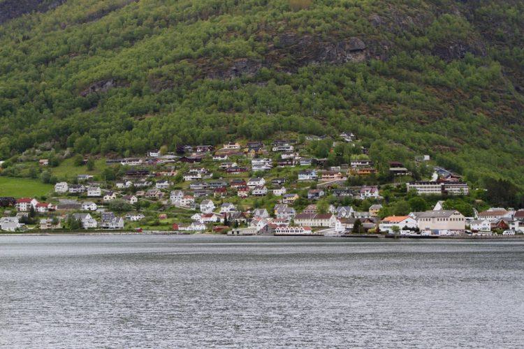 Itinerario-Norvegia-5-giorni-fiordi-villaggio