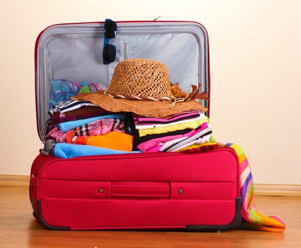 consigli-pratici-per-fare-la-valigia-vestiti