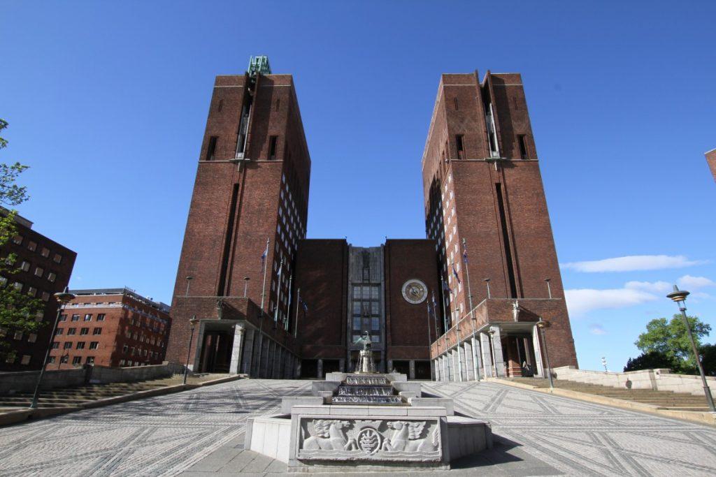 5-motivi-per-visitare-oslo-municipio