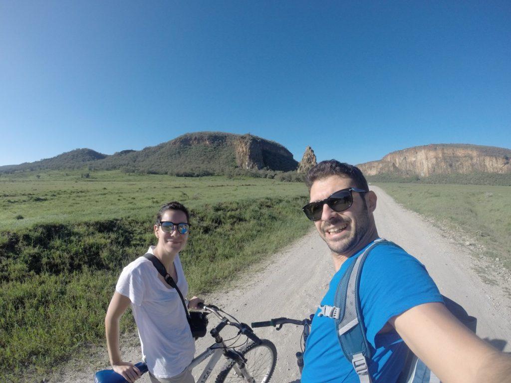 kenya-safari-bicicletta-selfie-hells-gate