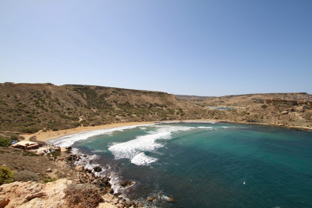 Malta-low-cost-golden-bay