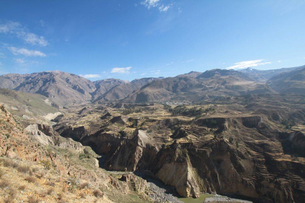 Itinerario-Perù-cosa-vedere-canyon-colca