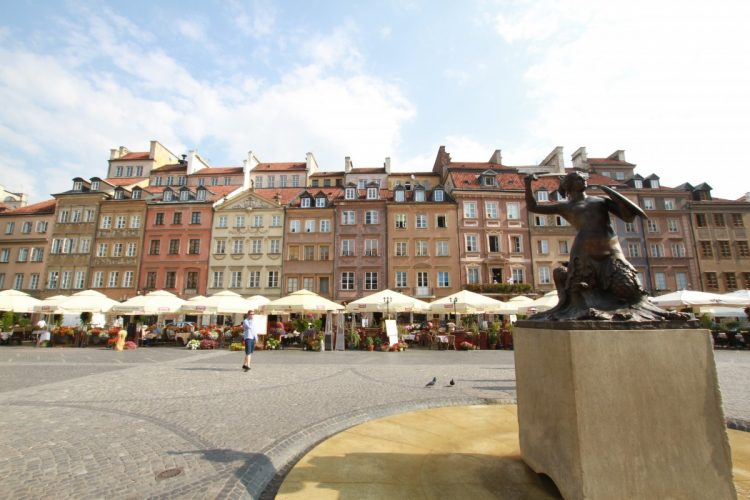 cosa-vedere-a-varsavia-piazza-storica