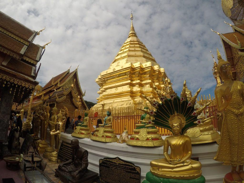 viaggio-thailandia-del-nord-Wat-Phra-Tat-Doi-Suthep-gold