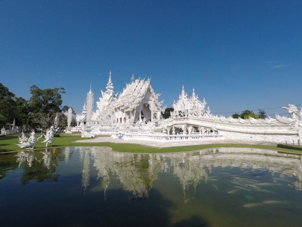 viaggio-thailandia-del-nord-white-temple