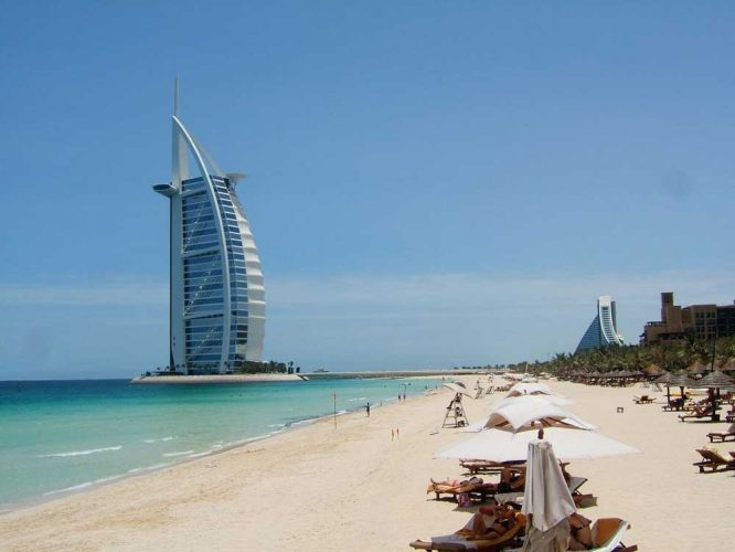 living-dubai-jumeirah-beach