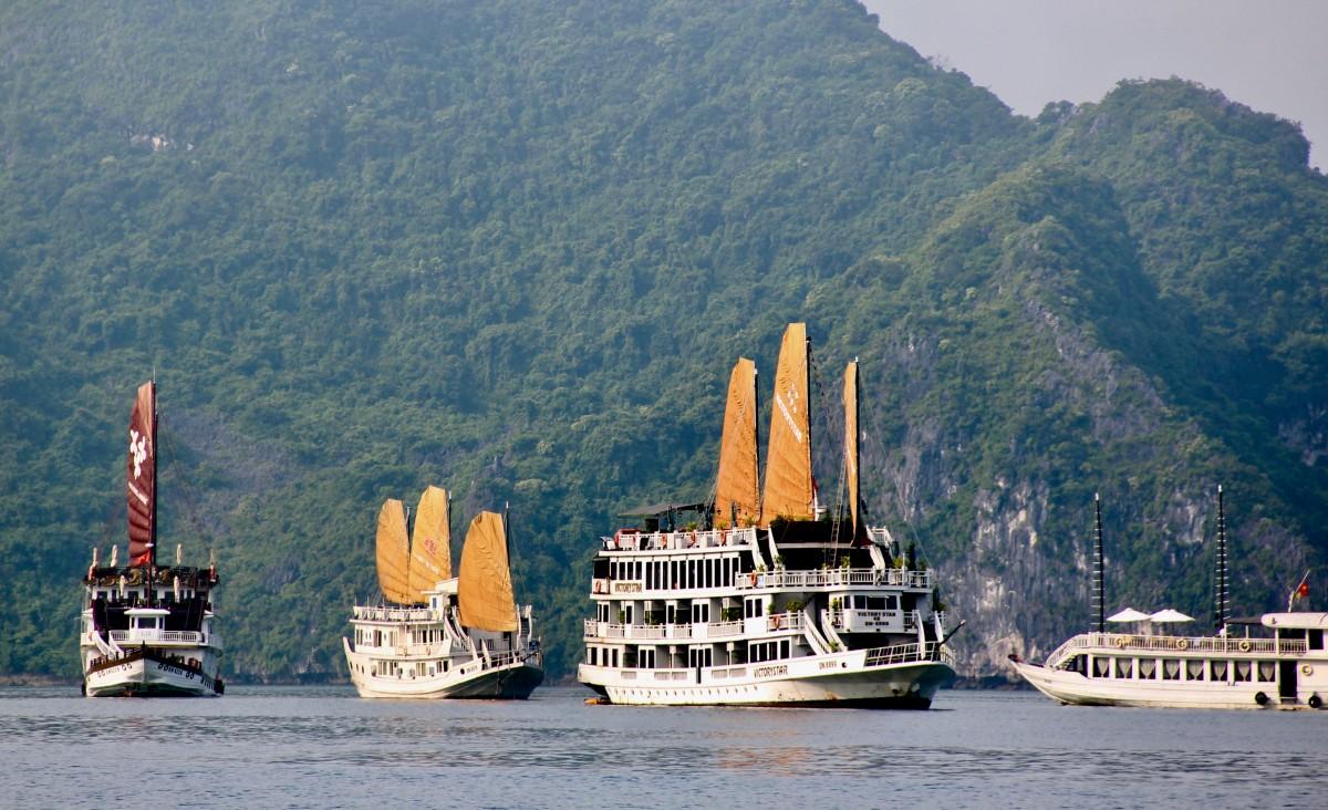 vietnam-5-cose-da-vedere-cruise-halong-bay
