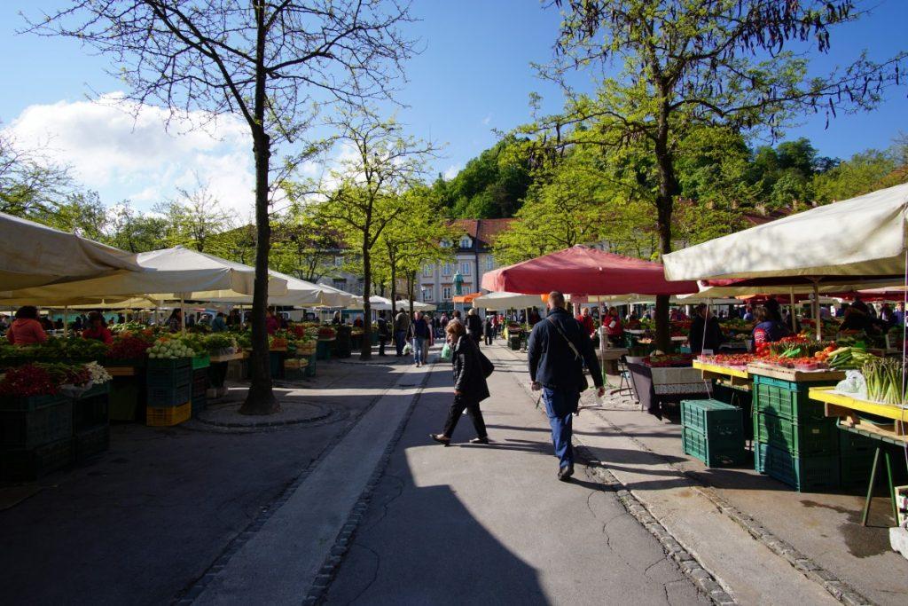 lubiana-cosa-vedere-in-un-giorno-mercato-centrale