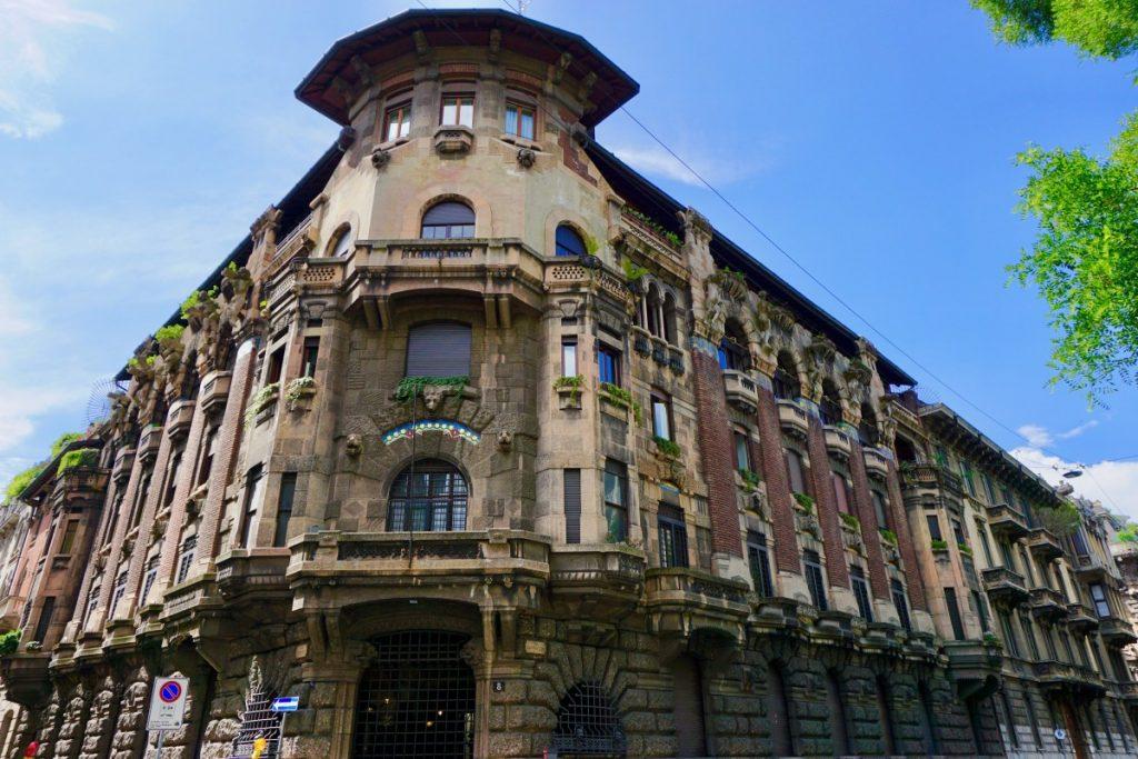 milano-porta-venezia-tour-liberty-casa-berri-meregalli