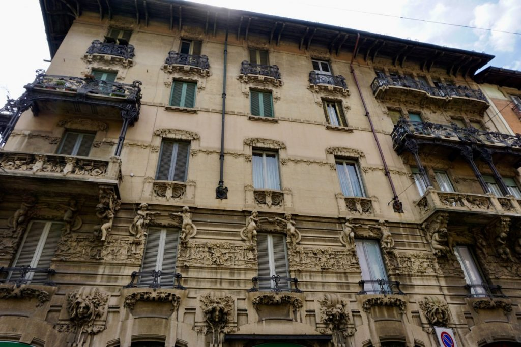 milano-porta-venezia-tour-liberty-casa-guazzoni