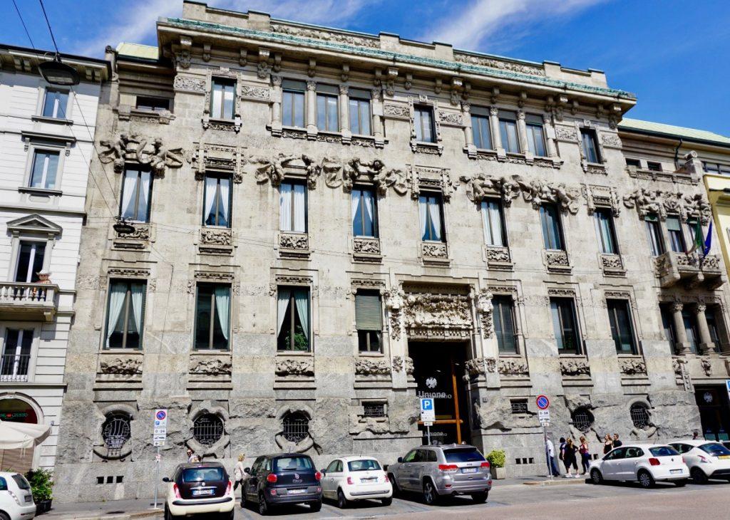 milano-porta-venezia-tour-liberty-palazzo-castiglioni