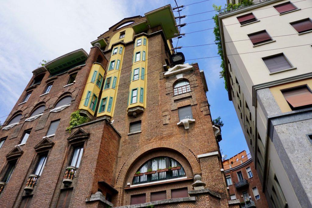 milano-porta-venezia-tour-liberty-palazzo-fidia