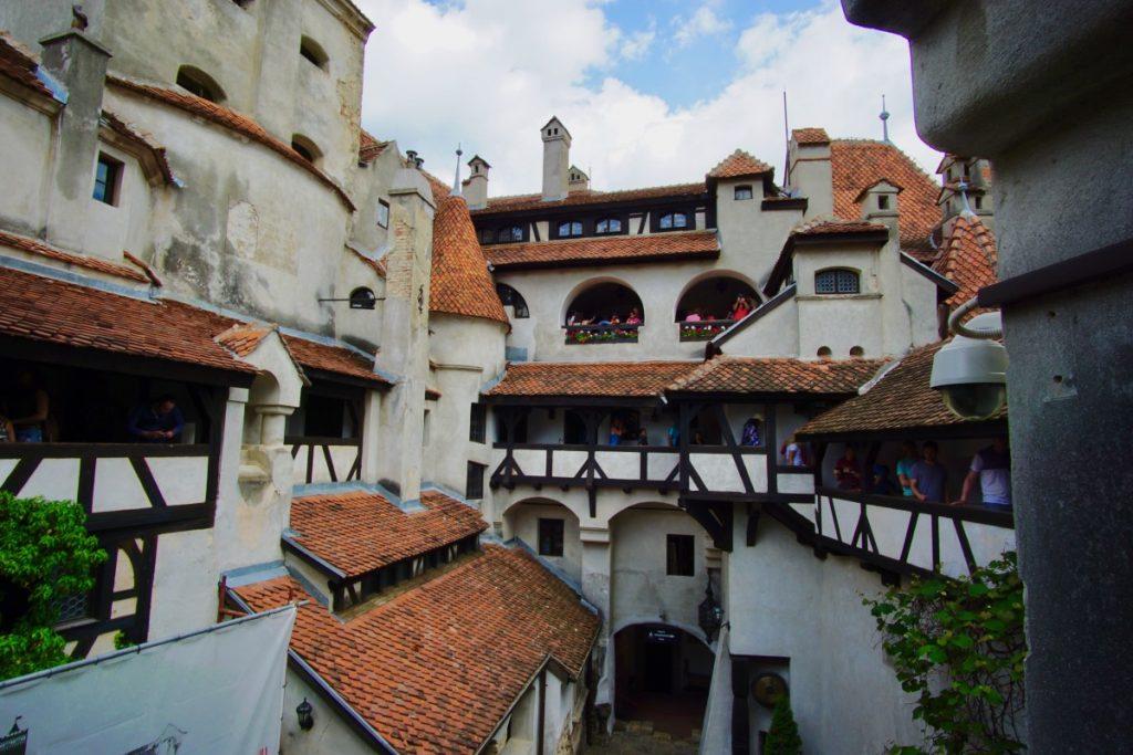 cosa-vedere-in-transilvania-tour-di-un-giorno-castello-bran-interno