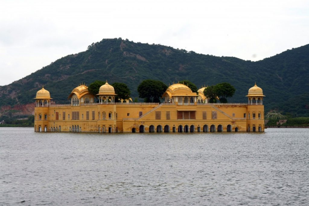 viaggio-in-india-del-nord-amber-palace