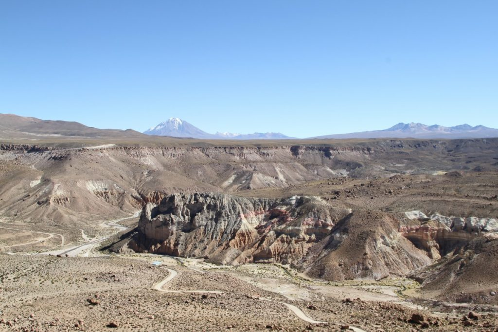 cile-visitare-parque-national-lauca-Quebrada-de-Allane