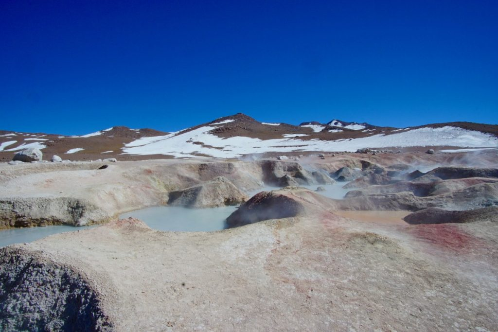 viaggio-in-bolivia-tour-del-salar-de-uyuni-in-3-giorni-geyser-sol-de-manana