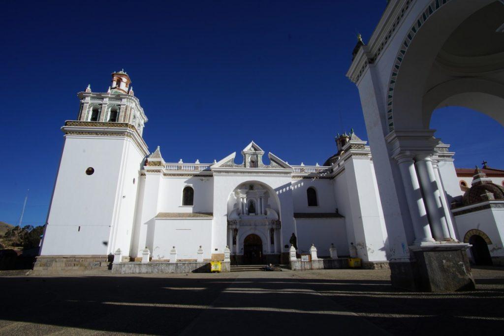 viaggio-in-bolivia-sul-lago-titicaca-cattedrale
