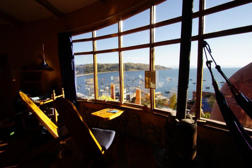 viaggio-in-bolivia-sul-lago-titicaca-hostal-las-olas-suit-3