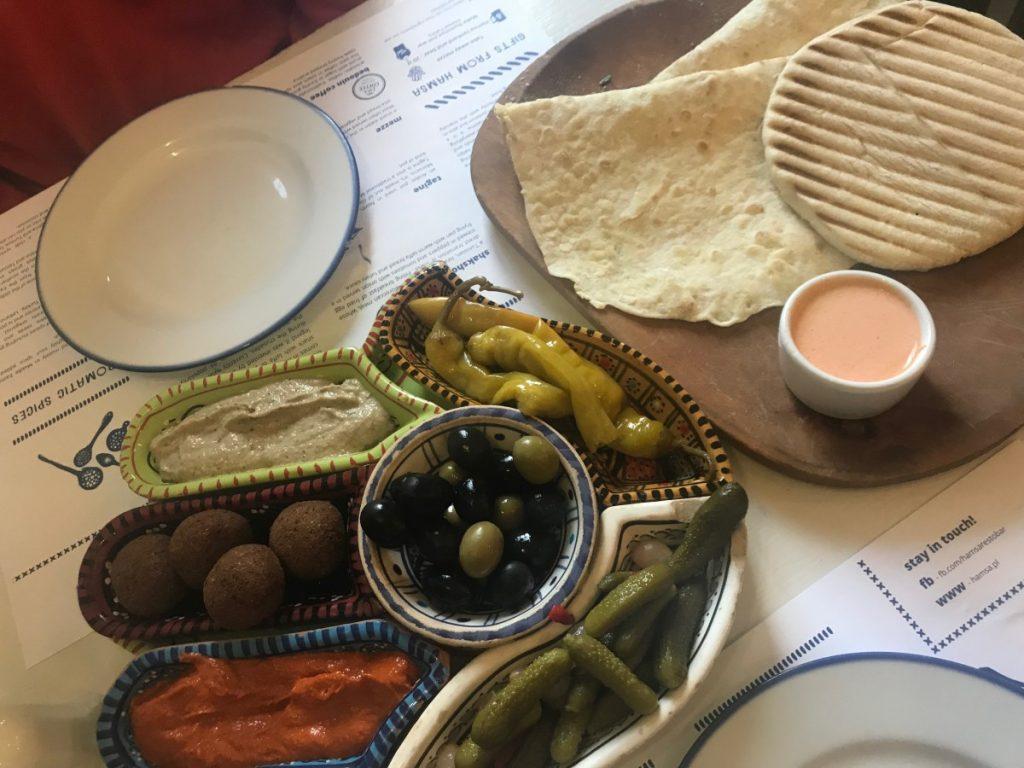 cosa-vedere-a-cracovia-in-2-giorni-hamsa-ristorante-ebraico
