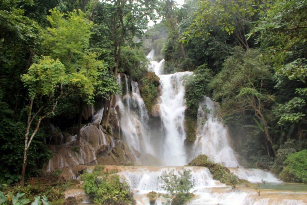 viaggio-laos-luang-prabang-kuang-si-waterfall