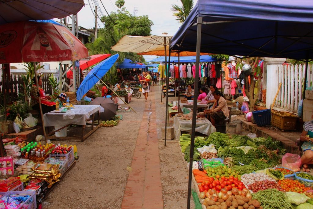 viaggio-laos-luang-prabang-mercato