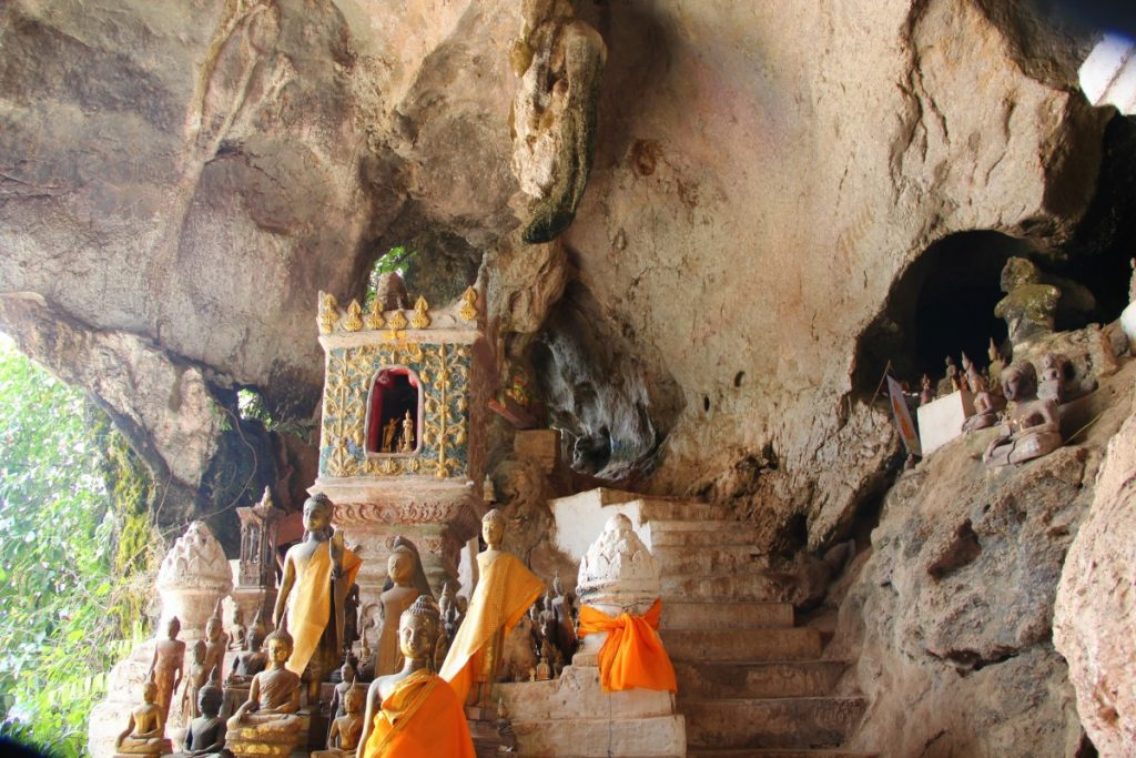 viaggio-laos-luang-prabang-pak-ou-caves