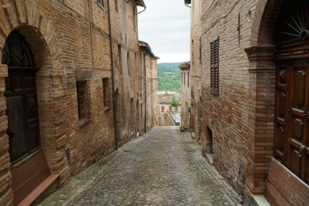 regione-marche-monti-sibillini-storia-cultura-sarnano