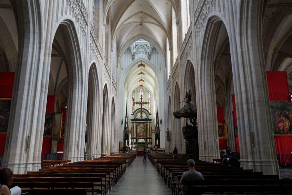 cosa-vedere-ad-anversa-5-cose-imperdibili-cattedrale