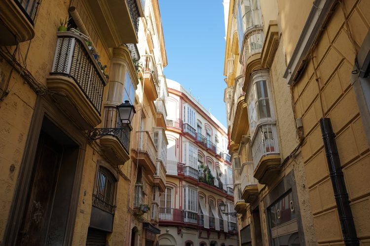 Passeggiando nei barrio a Cadice