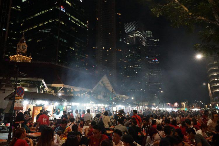 cosa-vedere-e-fare-a-singapore-la-citta-del-futuro-street-market-food