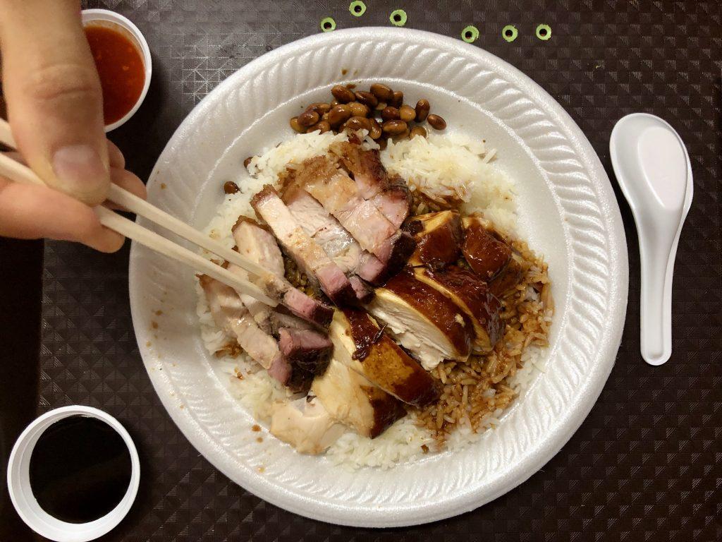 street-food-e-cucina-internazionale-5-posti-dove-mangiare-a-singapore-bancarella-stellata